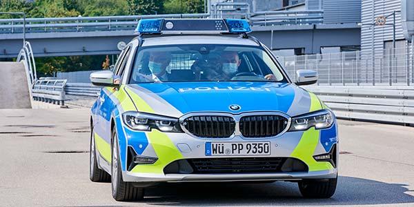Полиция поймала немца, который 40 лет водил машину без прав 1