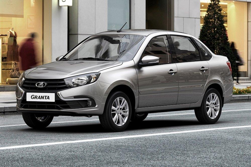 Сколько стоят машины, которые мечтают купить украинцы: рейтинг моделей 2
