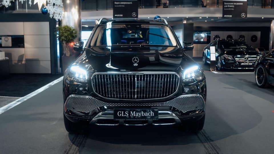 Cемейство Mercedes-Maybach в Украине пополнил роскошный внедорожник 1