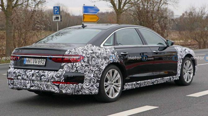Первые фото новой Audi A8 2022-го модельного года 2