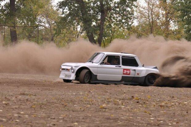 Украинский автолюбитель создал уникальный спортивный«Запорожец» 3