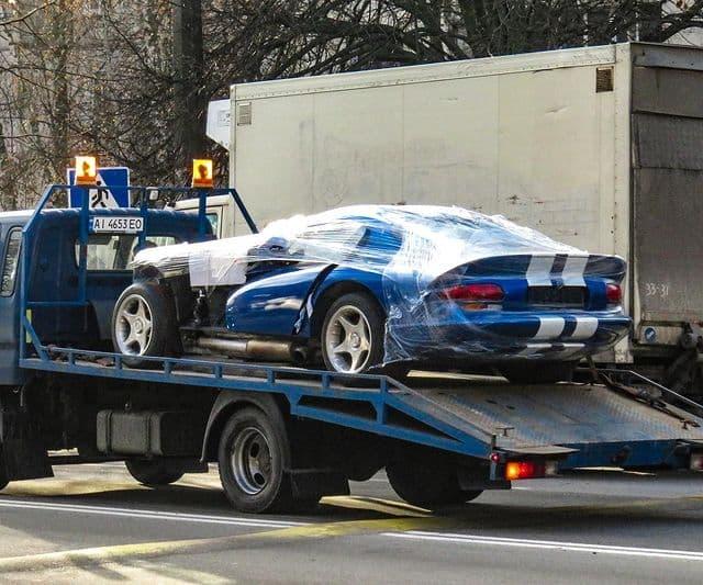 В Украине разбили культовый спорткар Dodge Viper (фото) 1