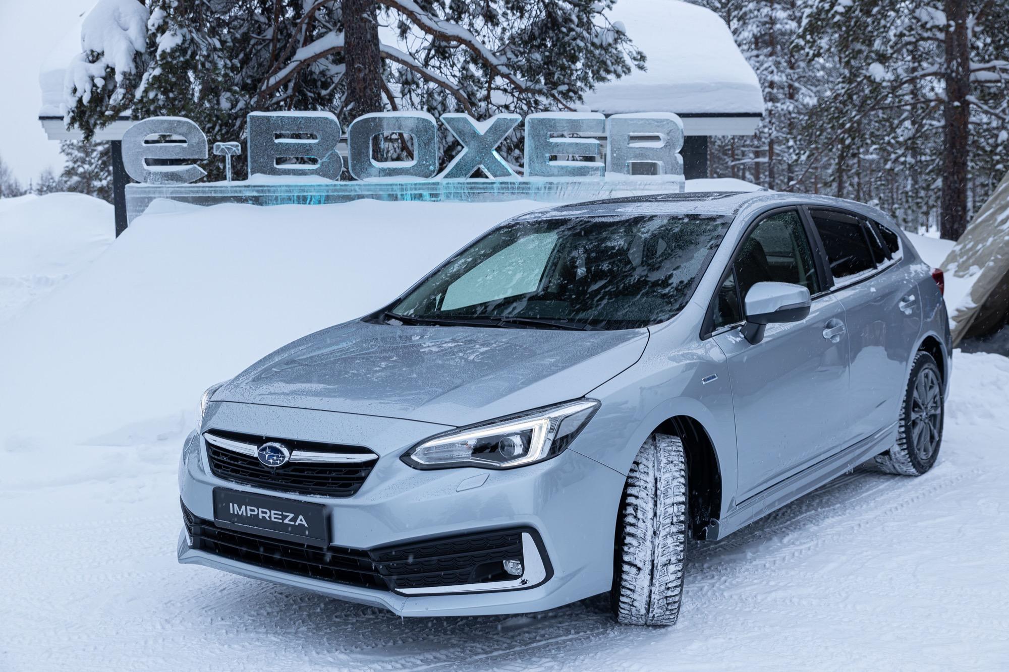 Subaru готовит первый серийный кроссовер 2