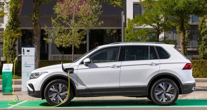 В продажу поступил Volkswagen Tiguan eHybrid  2