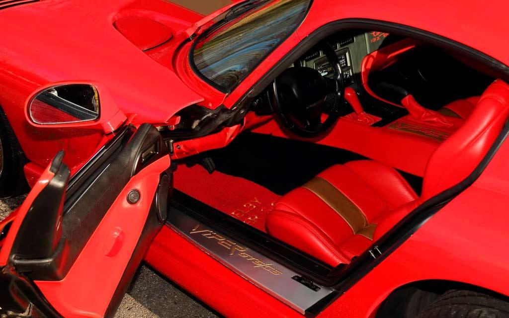 Единственный в мире Dodge Viper GTS CS выставили на продажу 2