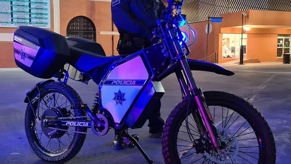Мексиканская полиция ездит на украинских электробайках (фото) 3