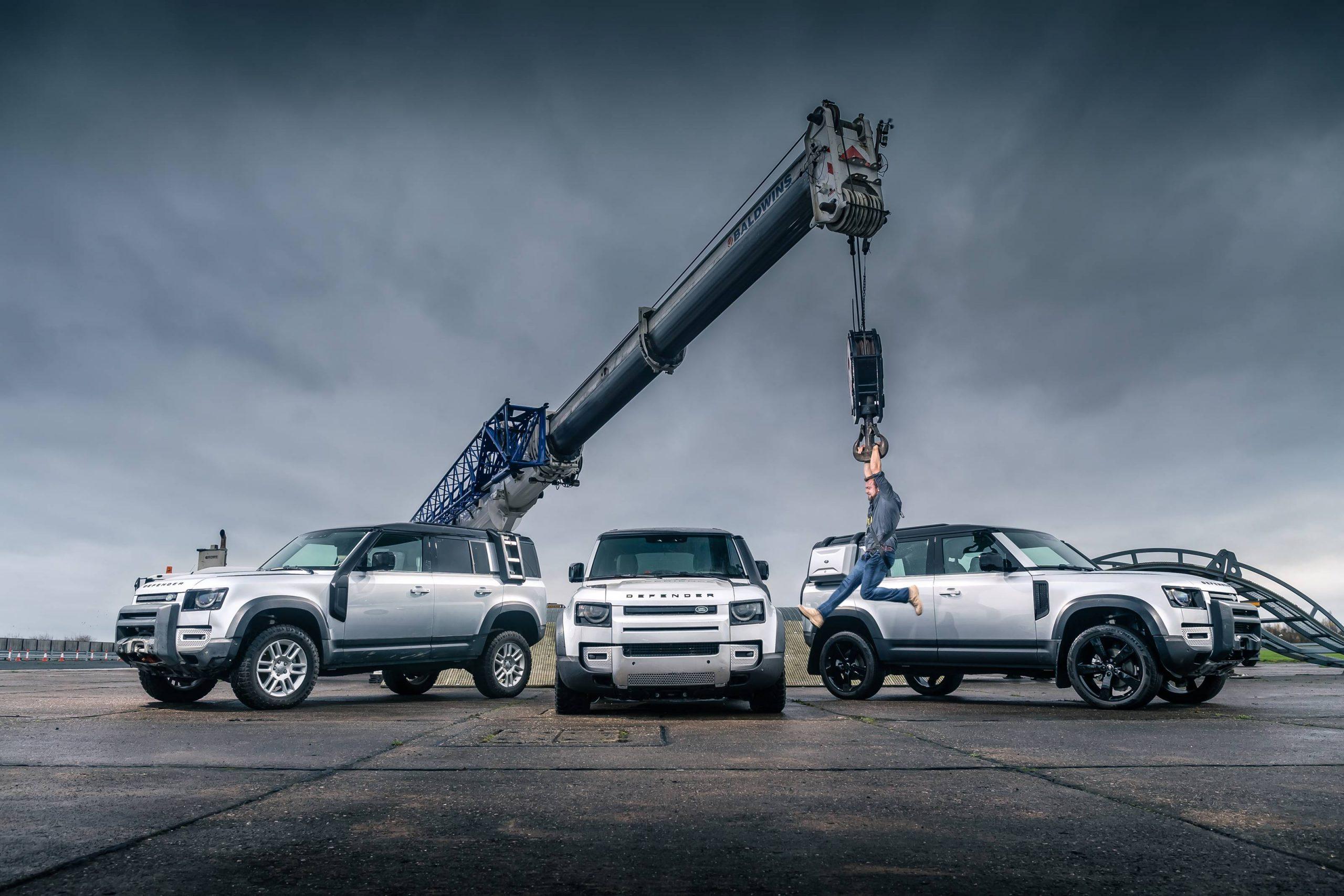 Land Rover Defender стал Автомобилем года 3
