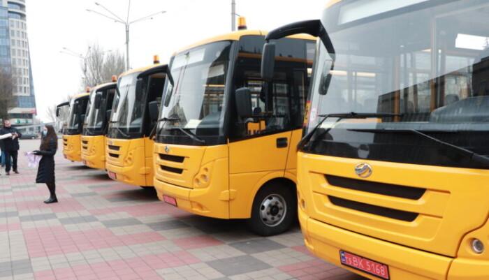 АвтоЗАЗ представил очередную партию нового транспорта 1