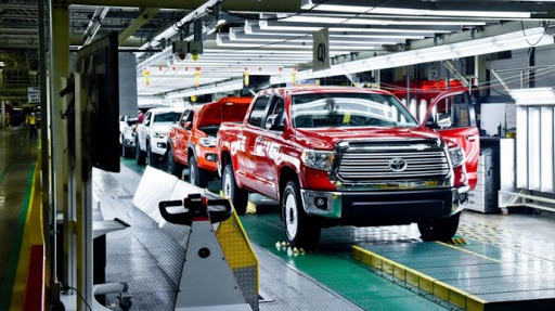 Сколько зарабатывают производители авто в минуту 1