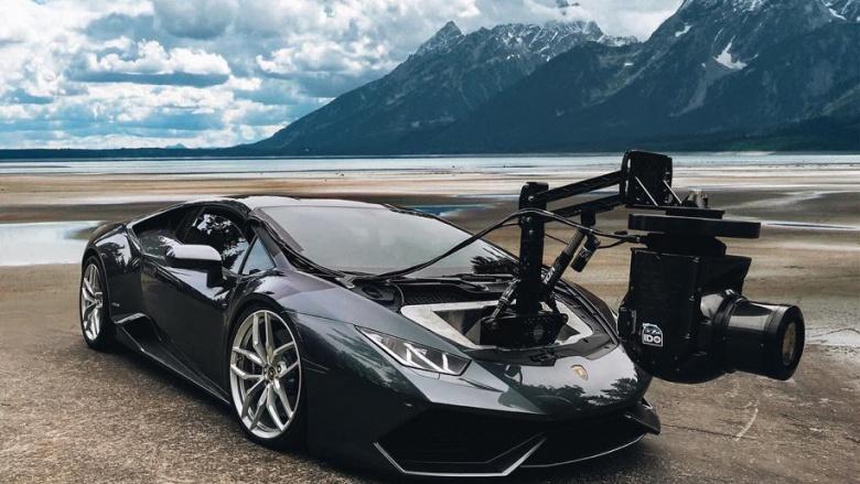 Из Lamborghini сделали «самоходный штатив» 1