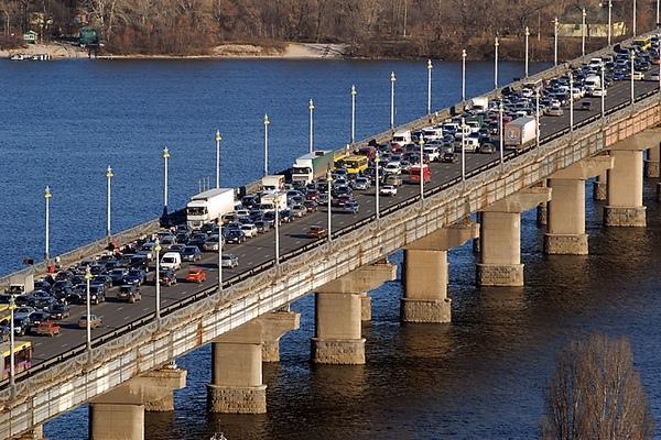 В Украине будут менять пропускную способность полос для движения 1