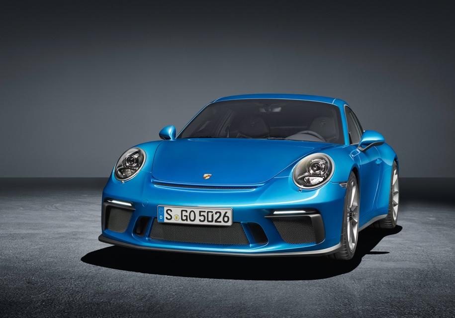 Porsche 911 получит две гибридные версии 1