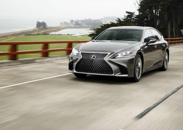 Lexus разрабатывает водородомобиль 1