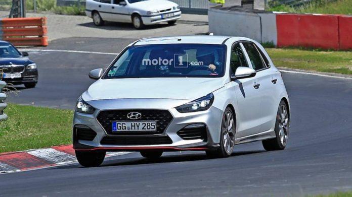Новый Hyundai i30 N-Line проходит тест на трассе Нюрбургринга 1