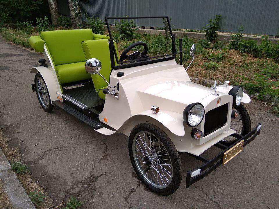 Одессит превратил легендарный автомобиль из «Золотого теленка» в электромобиль 2