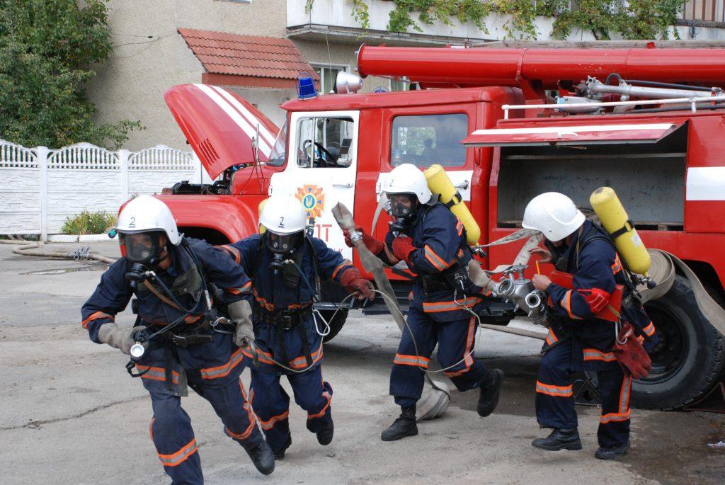 Как украинские водители пропускают пожарный автомобиль 1