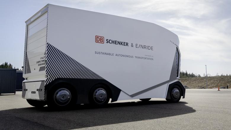 Беспилотные грузовики выйдут на немецкие дороги 1