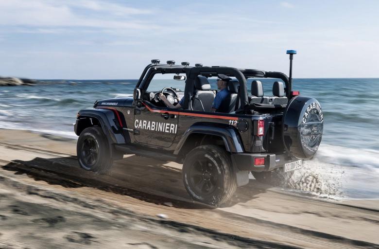 Итальянские карабинеры обзавелись Jeep Wrangler 2