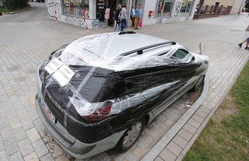 Парковочные войны: слишком долго стоишь! 1