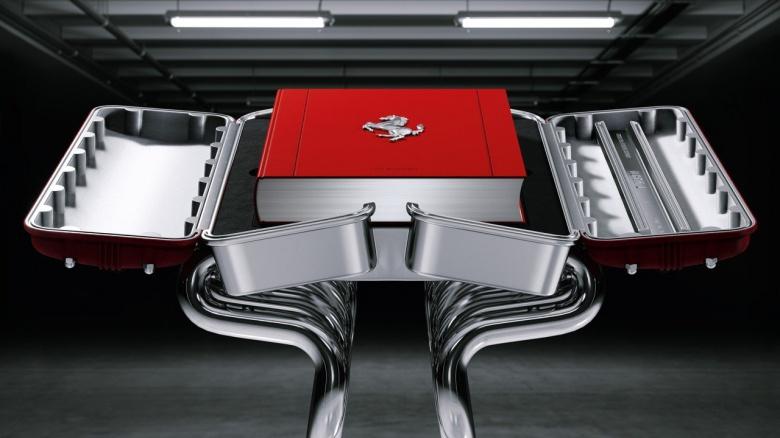 Книгу о Ferrari продают почти за 5 тысяч фунтов 2