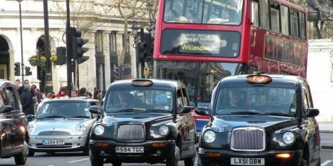 Компания BMW может покинуть Великобританию 1
