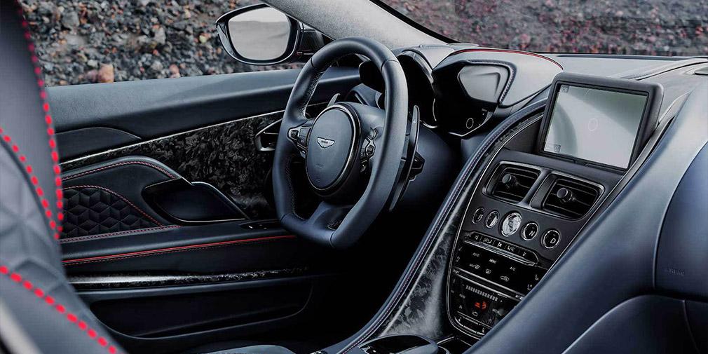 Aston Martin официально презентовал новый спорткар DBS Superleggera 4