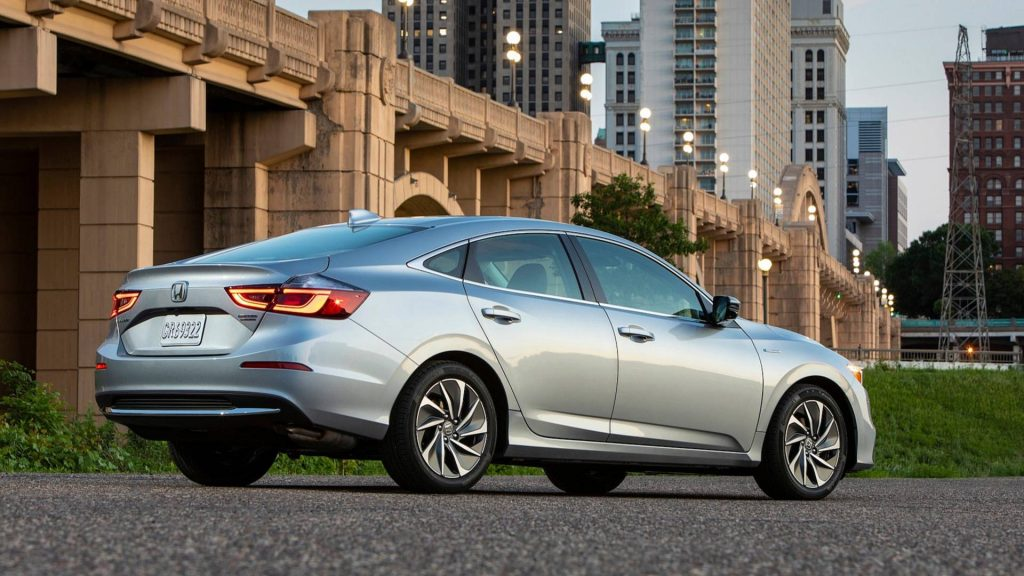 Honda представит простой и экономичный седан 2