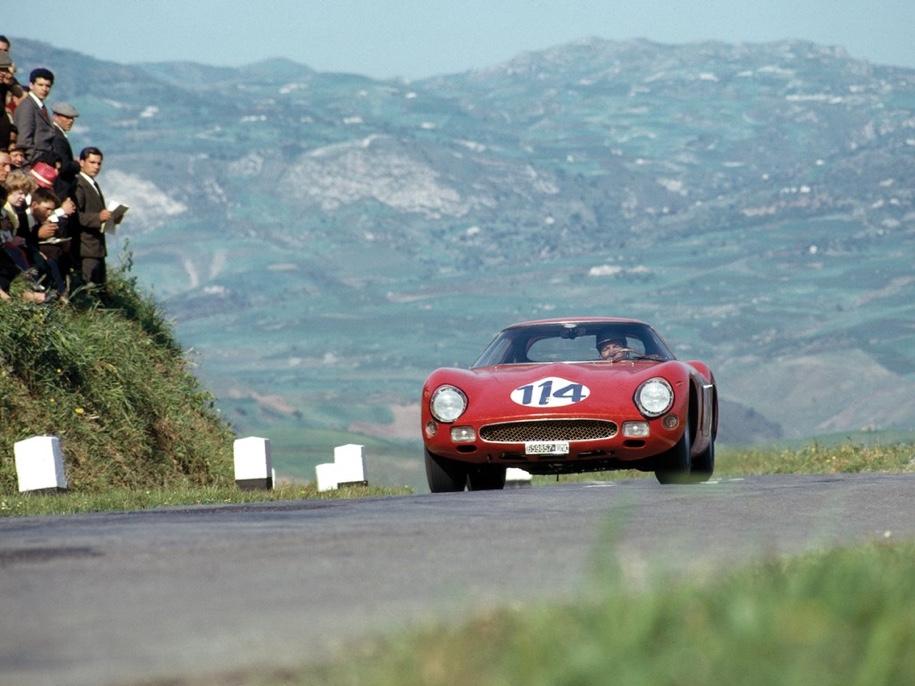 Гоночный Ferrari продают за 45 миллионов долларов 1