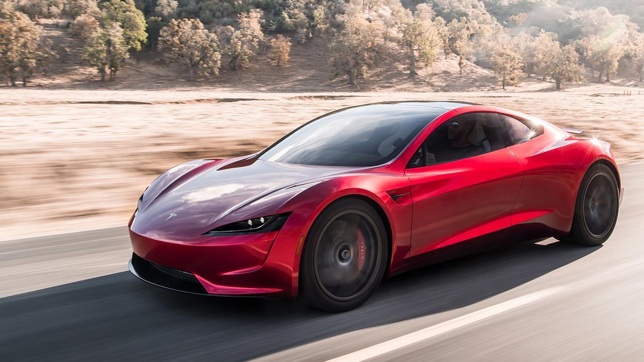 Зачем электромобилю Tesla Roadster понадобилось ракетное оснащение 1