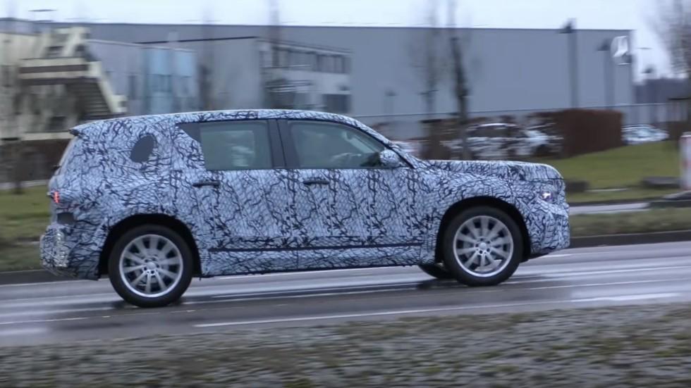 Кроссовер Mercedes-Benz GLB уже презентован дилерам 1