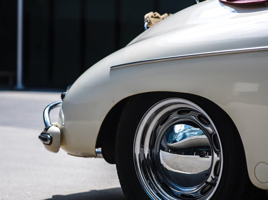 Porsche, пробывший в один руках 51 год, выставят на торги 3