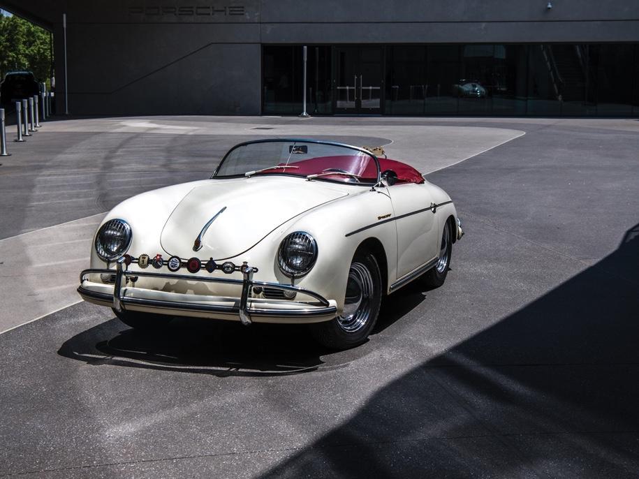 Porsche, пробывший в один руках 51 год, выставят на торги 1