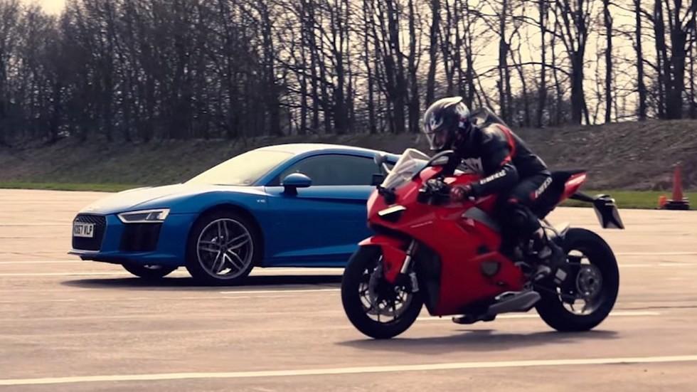 Audi R8 V10 сразился с супербайком Ducati Panigale V4 в гонке по прямой 1