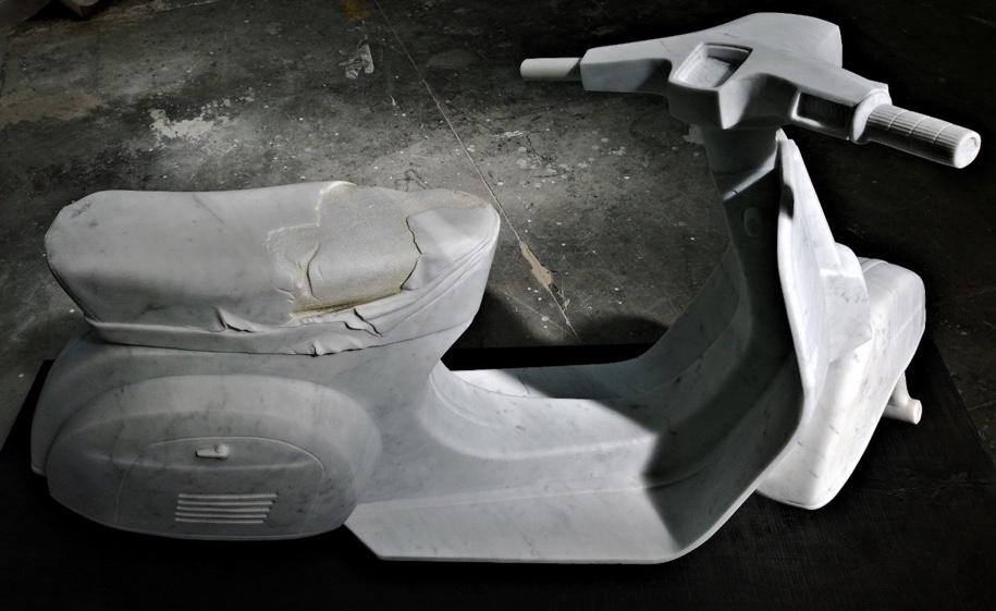 Итальянец строит мраморную копию Fiat 500 2