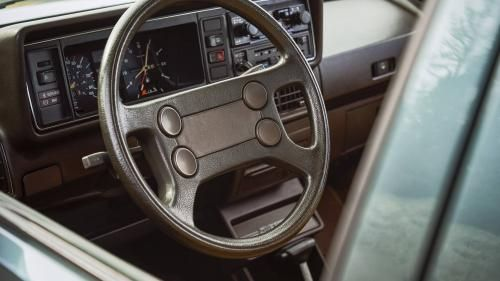 Volkswagen сравнил новую Jetta с образцом 1982 года 2