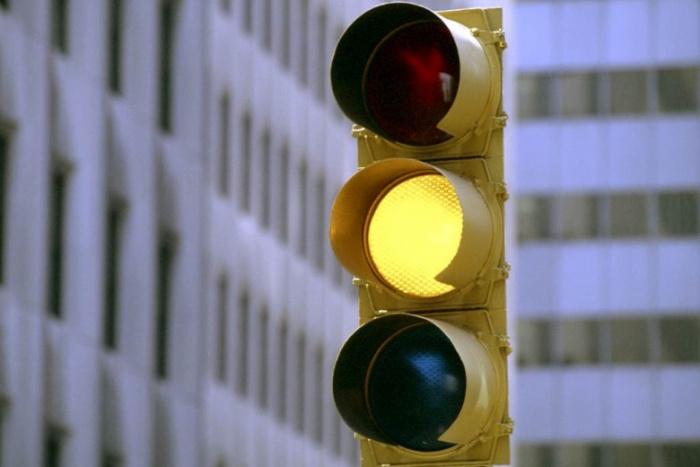 В Украине хотят отменить «желтый» сигнал светофора 1