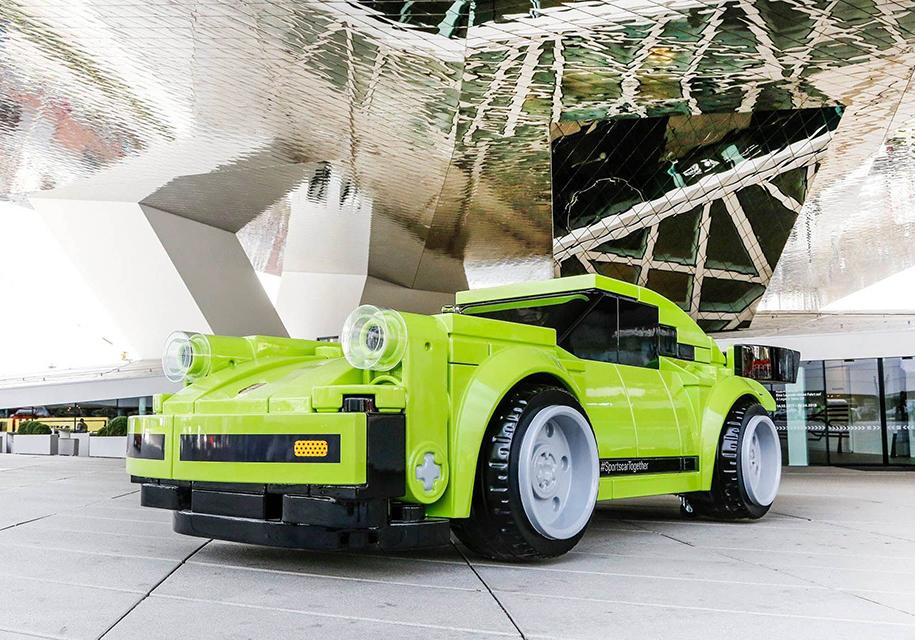 Полноразмерную копию Porsche 911 собрали из кубиков Lego 1