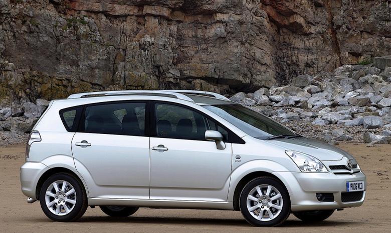 Эксперты назвали лучшие автомобили старше 10 лет 4