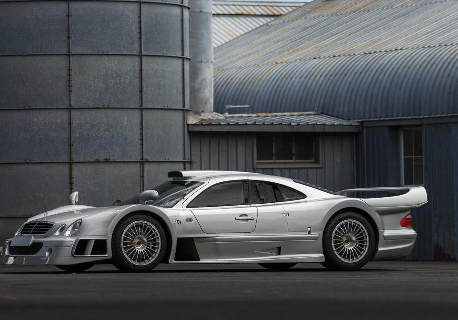 Дорожный спортпрототип Mercedes-Benz AMG CLK GTR выставят на торги 2