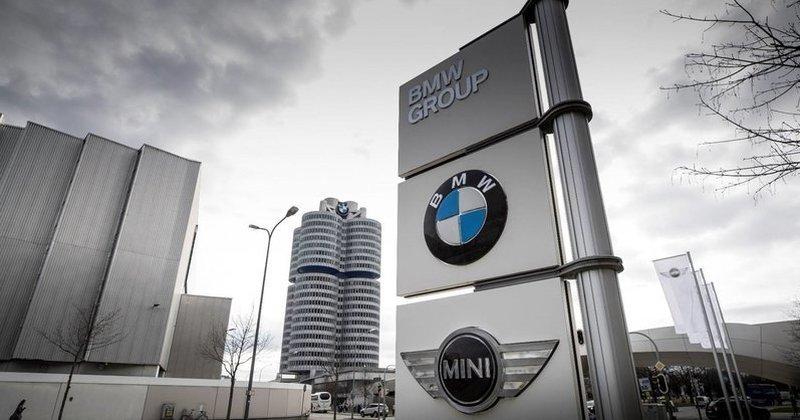 BMW отзывает 324 тысячи машин из-за угрозы возгорания 1