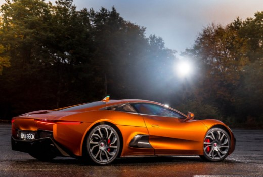 Jaguar строит среднемоторный суперкар 2