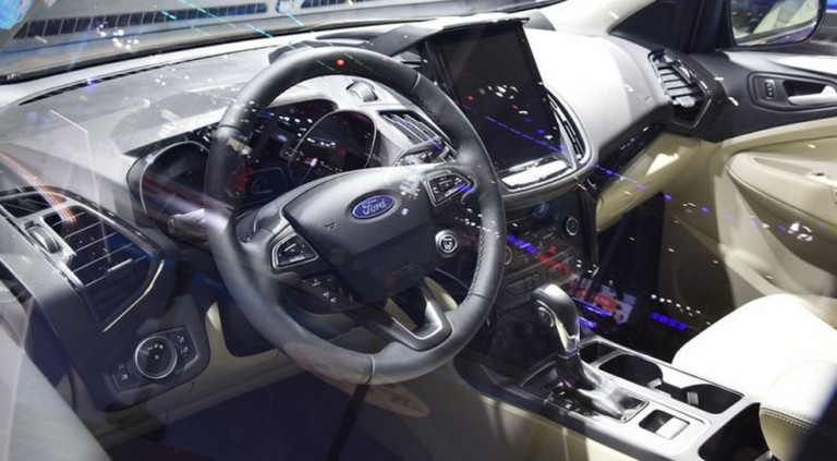Ford Kuga внезапно обновился 3
