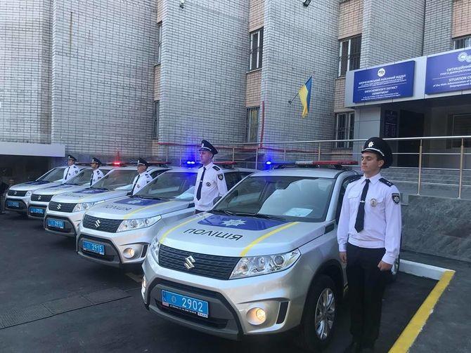 Украинская полиция получила автомобили Suzuki 1