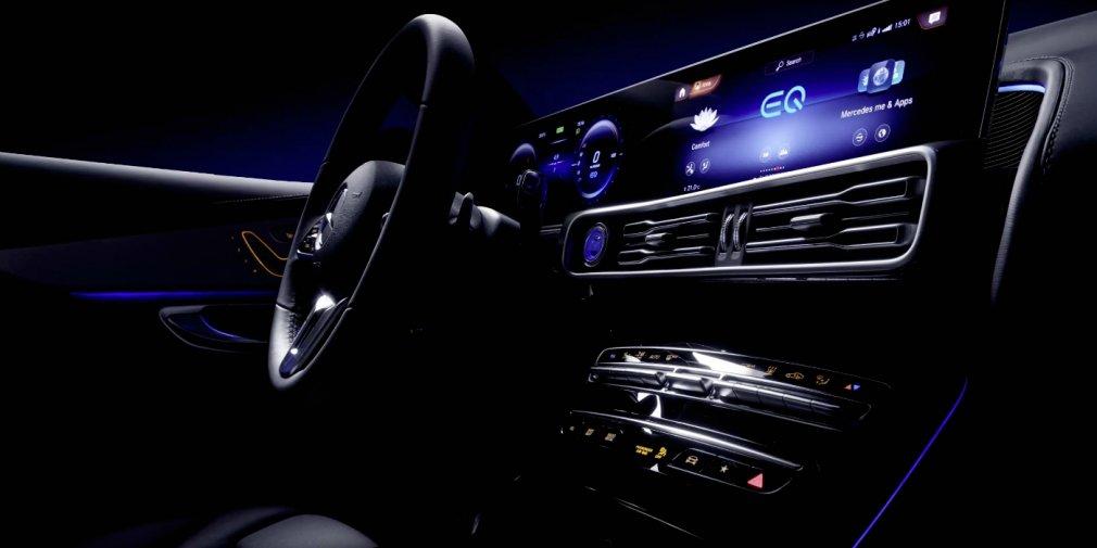 Mercedes показал салон электрического кроссовера 1