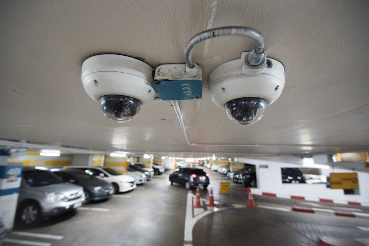 Камеры видеонаблюдения для охраны машины, гаража 1