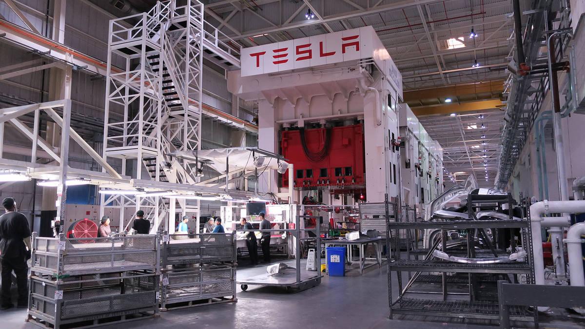 Volkswagen пытался купить Tesla у Илона Маска 1