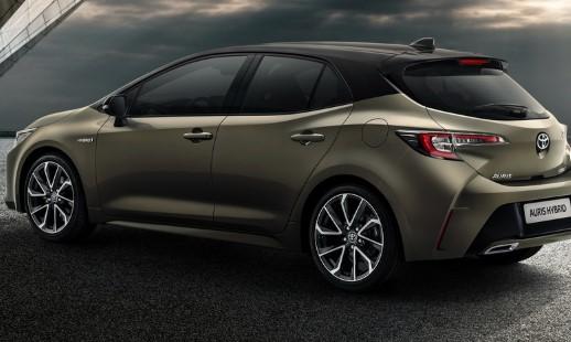Toyota отказалась от Auris через полгода после премьеры нового поколения 2