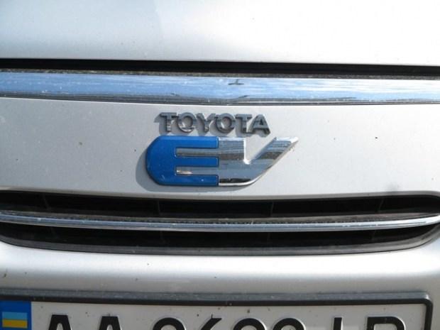 В Украине замечен редчайший электрический кроссовер 2