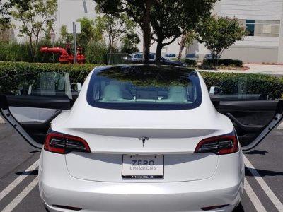 В 86% выпущенных в июне Tesla Model 3 допущен брак 1