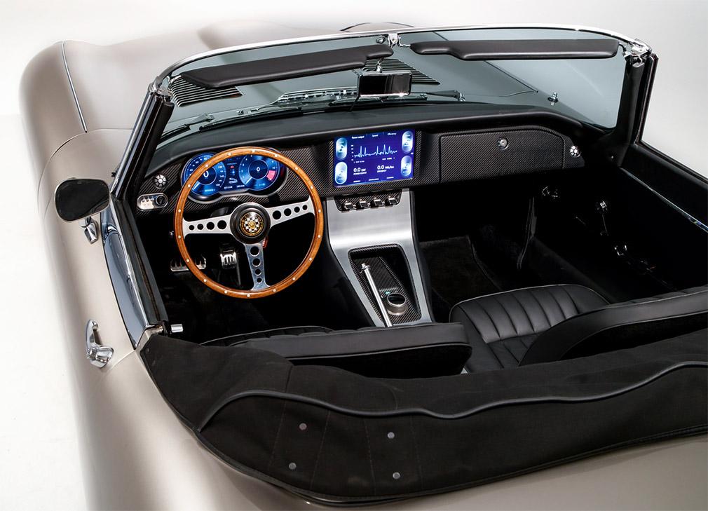 Jaguar начнет производство электрокаров в кузове от E-Type 2